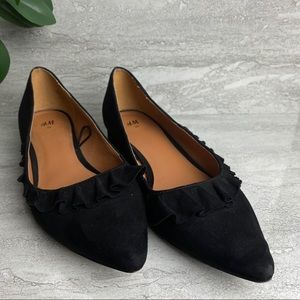 H&M black block loafers ruffle pointy toe size 8
